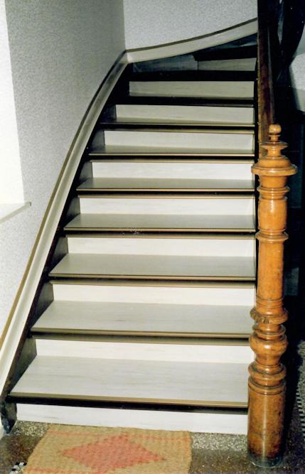 Treppe nach der Renovierung